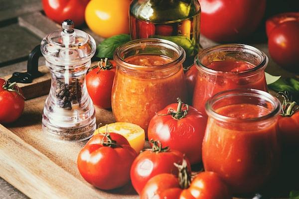 pomidory kiszone w jogurcie